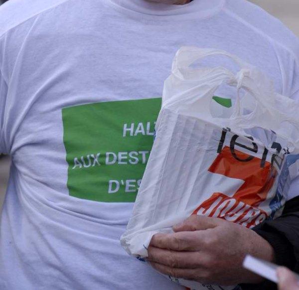 http://sd-4.archive-host.com/membres/images/83700288762628507/2012/11_12/tele7.jpg
