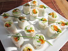 Sushi Maki végétalien aux feuilles de riz vegan vegetalien