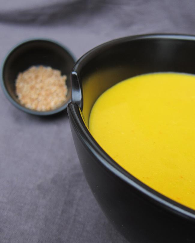 Soupe au potiron et lait de coco