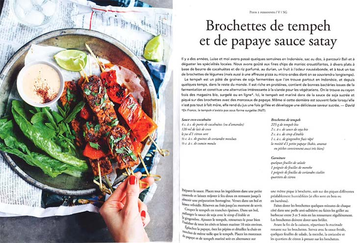 green kitchen brochettes de tempeh et de papaye sauce satay