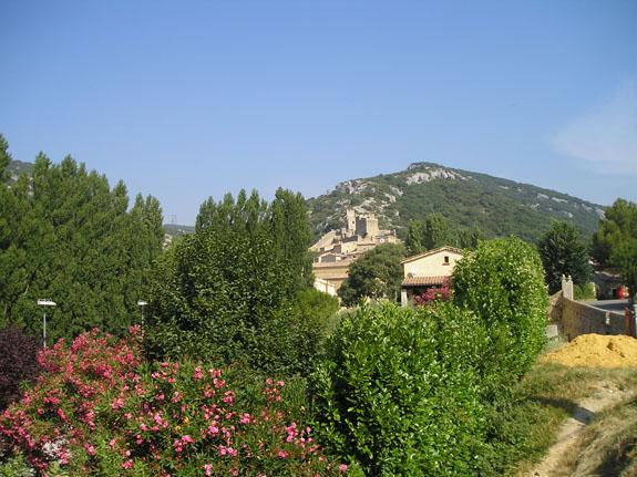 Saint-Montan en Ardèche 1s9ae4i28Q5eErDgcywoyq4Frckws7ziEQnkJncs